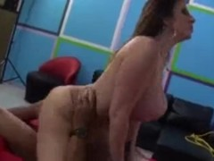 SARA JAY LIVE I DONT OWN THIS VIDEO