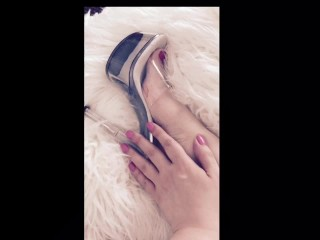 Curvy blonde feet in heels-requested video