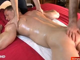 Male masturbator to handsome guy (stefen) serviced in a porn.