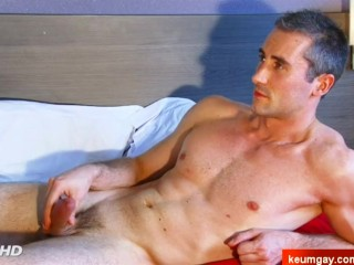 Gyome's big dick massage! (hetero male seduced for gay porn)