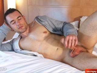 Denis's big dick massage! (hetero male seduced for gay porn)