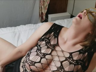 *Hot* Sexy Sensual Woman Takes Care of Herself!!