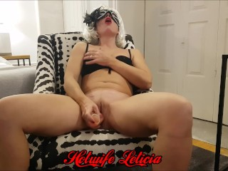 Hotwife Leticia fucks her pussy raw with huge dildo