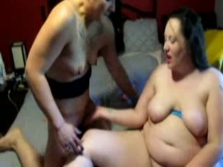 friend eating my pussy