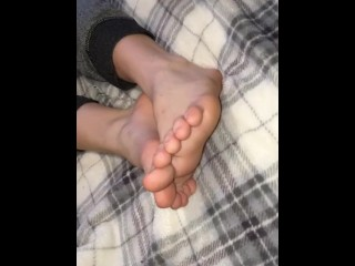 Clean toes and feet