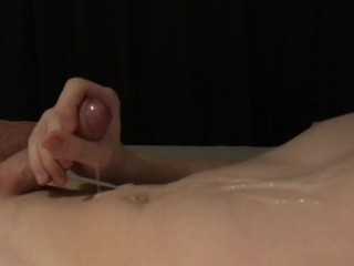 Cumfountain after a good fuck by daddy