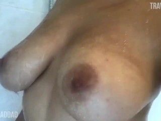 Jordyn teases you in the shower