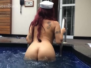 GweenBlack Teasing Hotel Swimming Pool