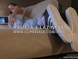 Felicia's Laziness - (Dreamgirls in Socks)