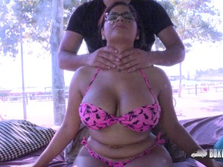 Sheila Ortega asked for a free massage on the beach