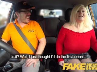 Imagen Falsos de Conducción de la Escuela Tetona madura MILF chupa y folla suerte instructor