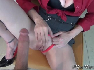 Fucking Dads Wife in the Den - stepmom pov