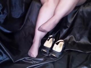 Video 1314533303: bbw feet worship, sexy feet worship, ass feet worship, sexy chubby bbw, amateur feet worship, sexy feet solo, italian feet worship, feet worship heels, female feet worship, worship big feet, big butt ass worship, vintage